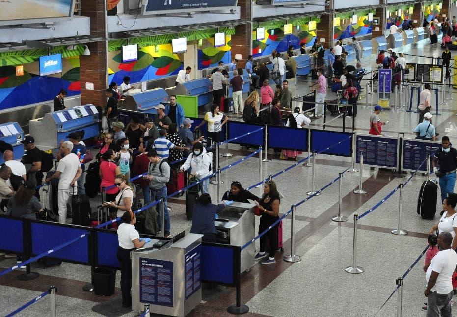 El tiempo que deberá durar un viajero si llega mañana al país sin prueba PCR por COVID-19