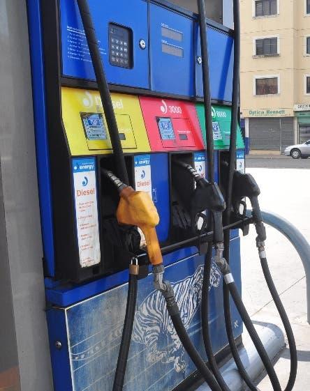 Bajas ligeras en combustibles, el GLP sube RD$ 1.90