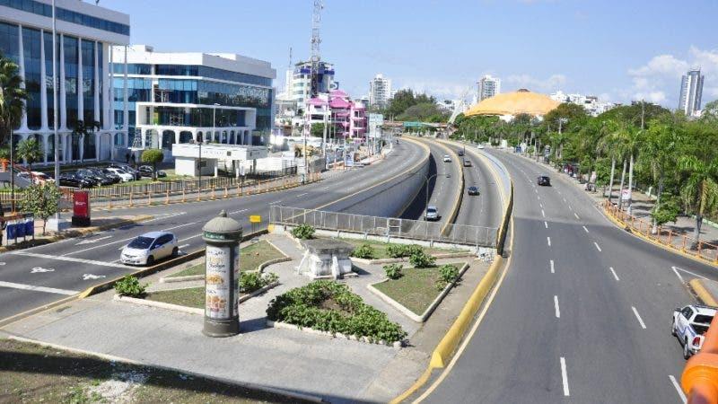 La Avenida 27 de Febrero con Máximo Gómez. Hoy/Pablo Matos.