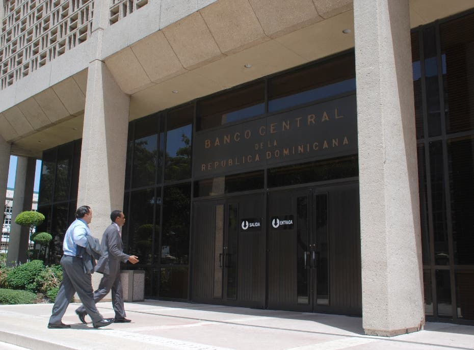 BCRD facilita recursos a  bancos en pesos y dólares