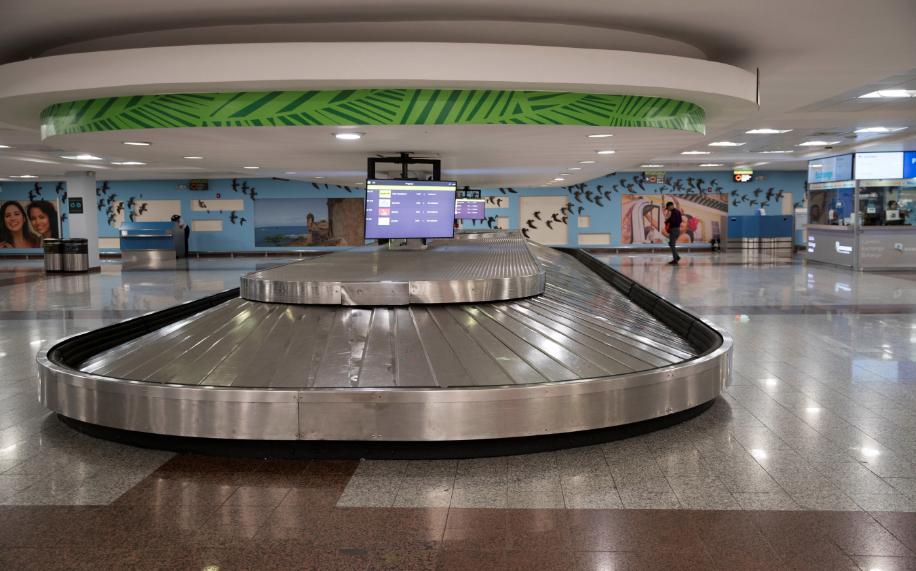 Efecto coronavirus vacía de turistas y aviones los aeropuertos dominicanos