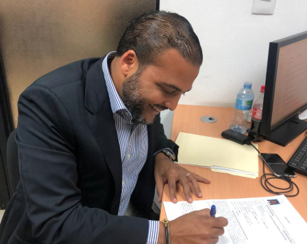 Amin Vásquez inscribe candidatura a diputado por circunscripción 3 del DN