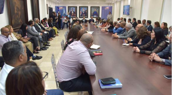 Lo que realiza el Ministerio de Educación ante presencia de coronavirus en el país