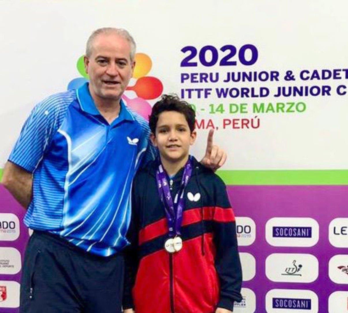 Rafael Cabrera gana oro y bronce en Mundial Junior y Cadete de Tenis de Mesa en Perú