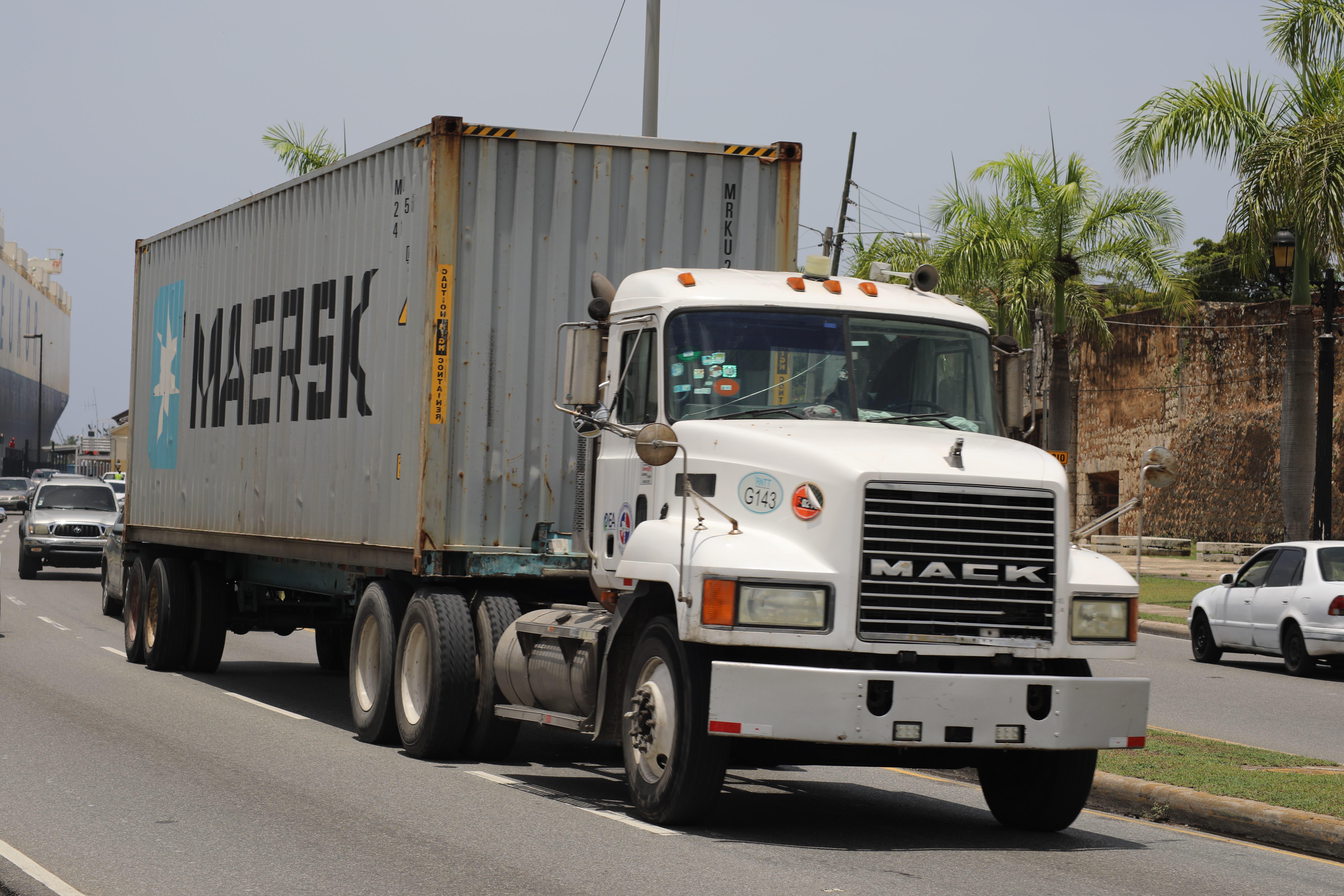 Intrant prohíbe circulación de vehículos de carga durante asueto Semana Mayor