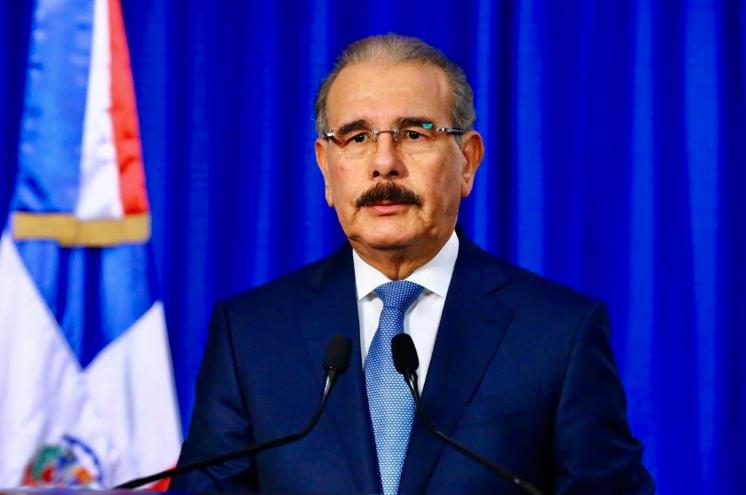 Danilo Medina ordena cierre de fronteras  y todas las iniciativas comerciales por coronavirus