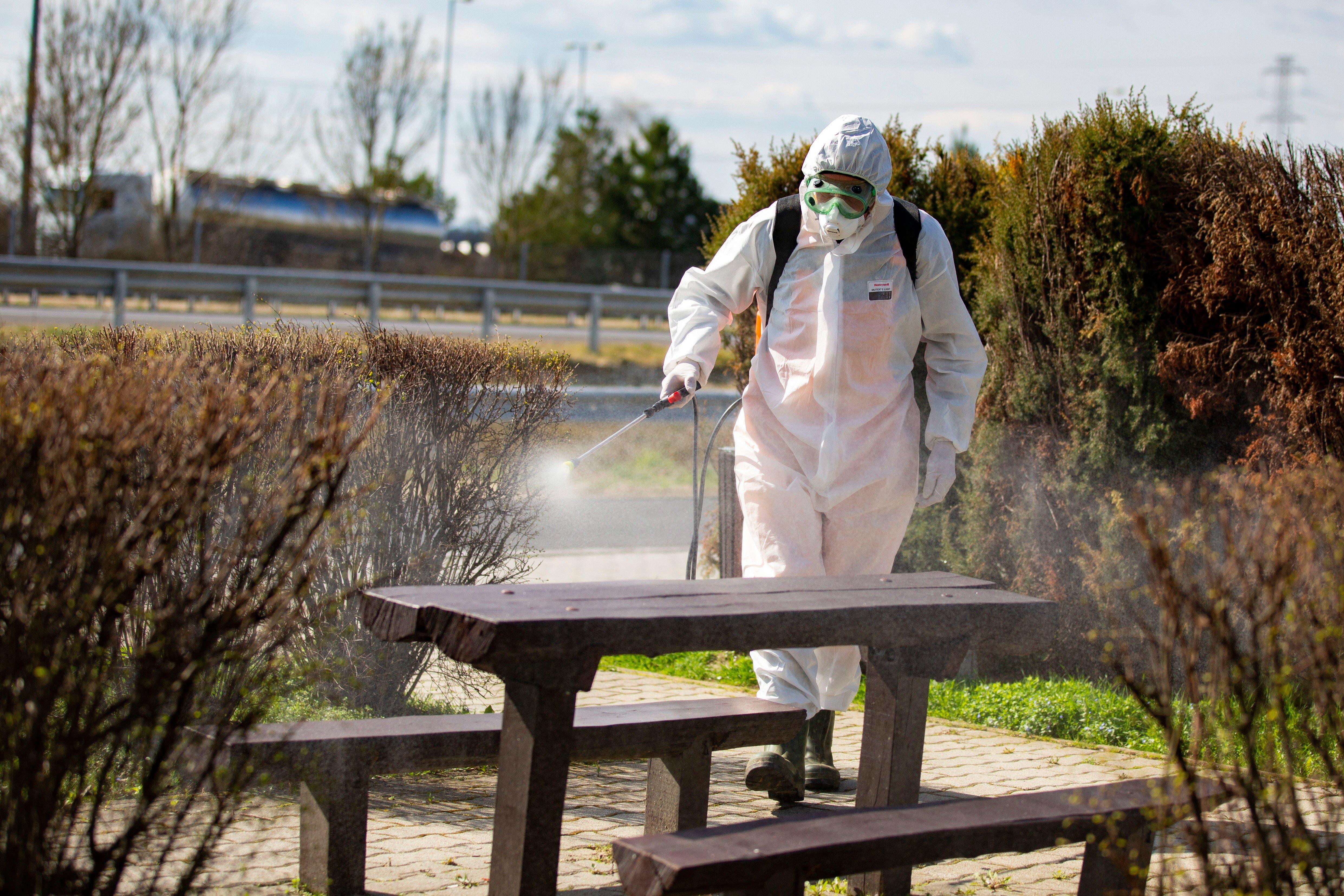 Video:  El coronavirus puede sobrevivir en el aire durante 30 minutos