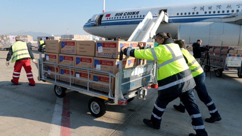 China donates to Greece supplies for Covid-19