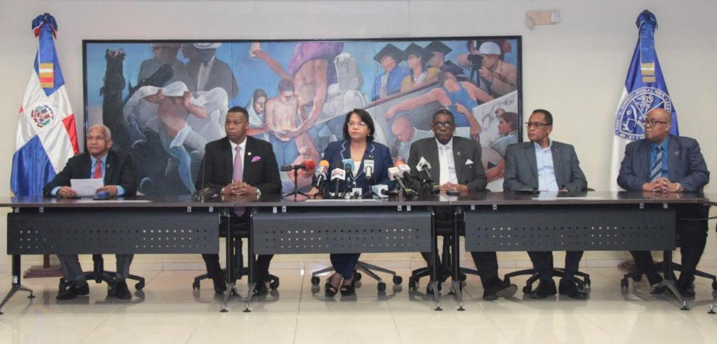 UASD suspende labores docentes y administrativas hasta nuevo aviso por coronavirus