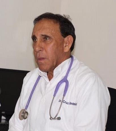 Coronavirus: Cruz Jiminián salió de cuidados intensivos y está dando órdenes