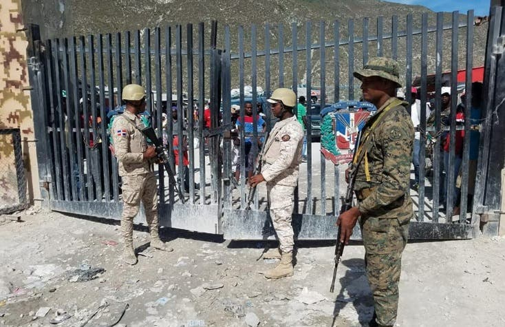 Haití cierra frontera con República Dominicana por el coronavirus; prohíbe vuelos