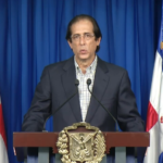 Ministro de la presidencia Gustavo Montalvo anuncia incentivos personal lucha coronavirus.