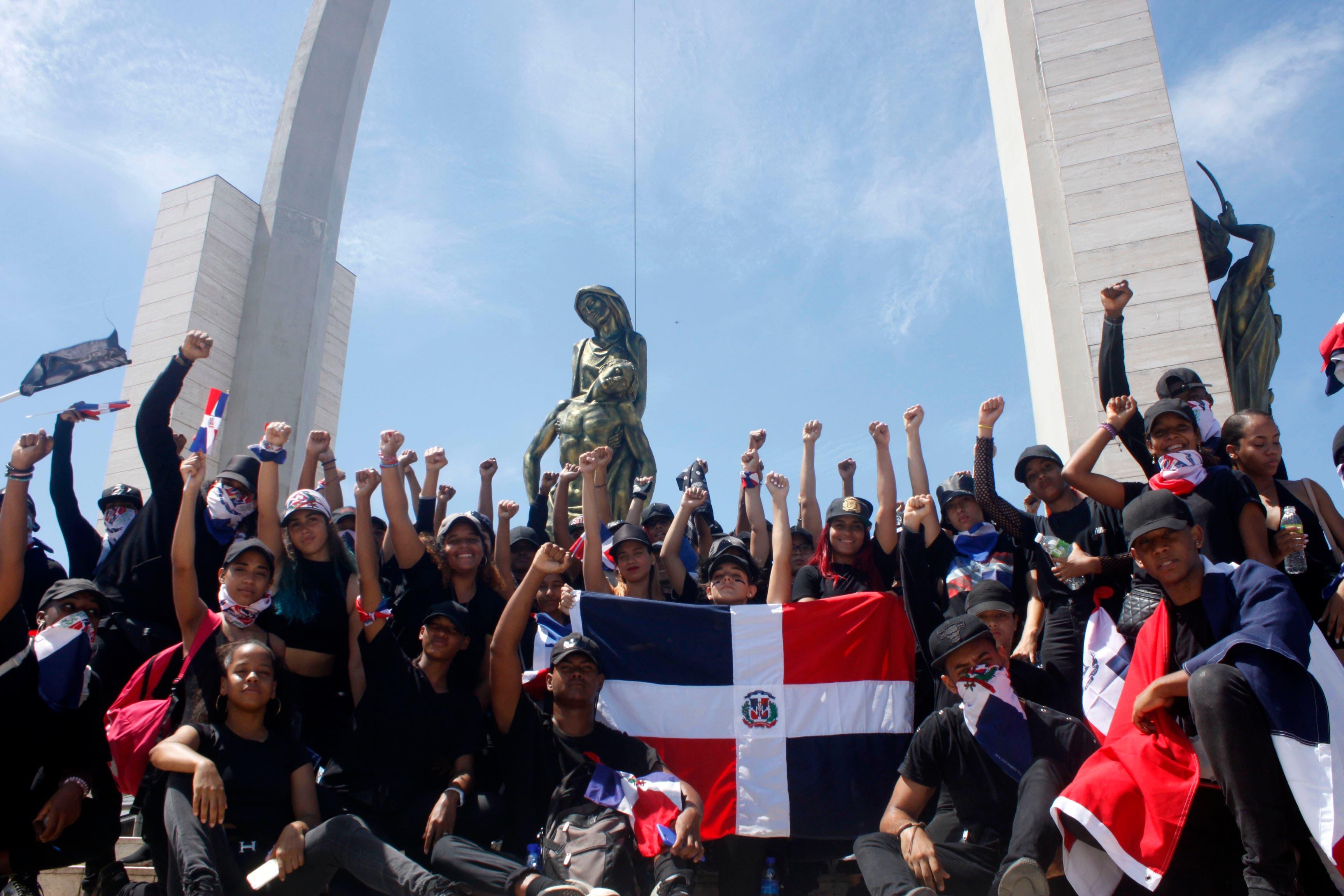 Si no fuese por el coronavirus, jóvenes de la Plaza de la Bandera protestarían