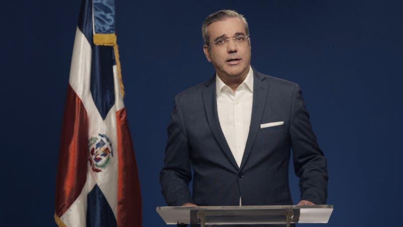 Luis Abinader, candidato presidencial del Partido Revolucionario, Moderno hablará esta noche.