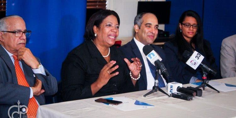 CDP-ITLA ratifican acuerdo y anuncian diplomados para administrar Redes Sociales y Portales de Noticias