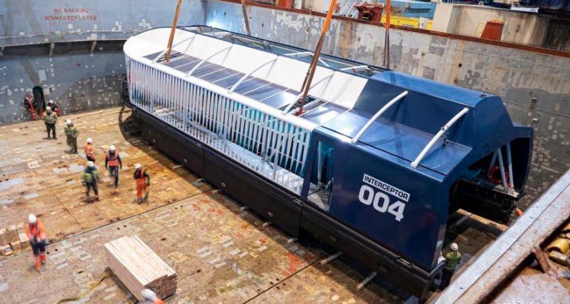 """Embarcación """"Interceptor 004"""" recolectará desperdicios en ríos Ozama e Isabela"""