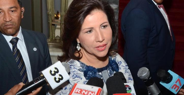 Margarita Cedeño pide unirse en oración por salud doctor Cruz Jiminián