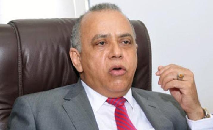 Especialista advierte del colapso sanitario por improvisación ante coronavirus