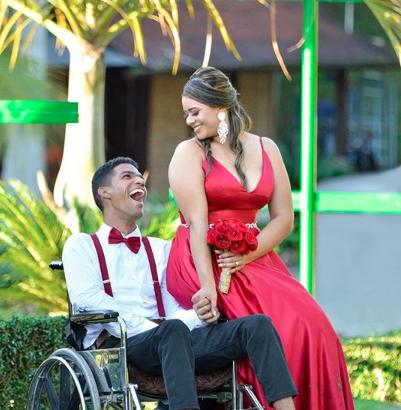 Adrián y Stephany demuestran que el amor todo lo puede