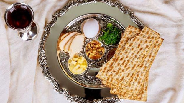 La cena durante el Pésaj es clave en la celebración de los judíos.