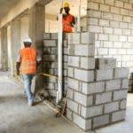Todas las obras han sido paradas por las medidas del gobierno. Foto archivo.