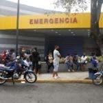 Recorrido por el hospital mocoso puello , y por el sector de brisa del este, donde en la calle Duarte fallecieron 9 persona por consumir clerén. En foto : Sergia Beltre, Hoy Duany Nuñez 8-3-2020