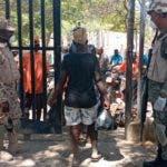La prevención frente al coronavirus en este municipio de la frontera ha aumentado, mientras los haitianos evitan a toda costa la salida de sus habitantes por temor a contagios a los casos comprobados y anunciado por el ministerio de salud Pública de Republica Dominicana. El temor a crecido vertiginosamente en los habitantes de esta frontera a niveles que algunos no quieren no quieren realizar sus labores cotidianas. Fuente externa 19/03/2020