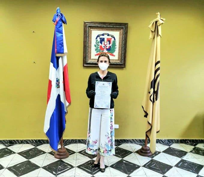 JCE entrega certificados a Alcaldes electos