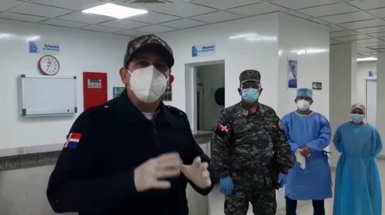 Director PN envía al hospital a hombre apresado en SFM durante toque de queda