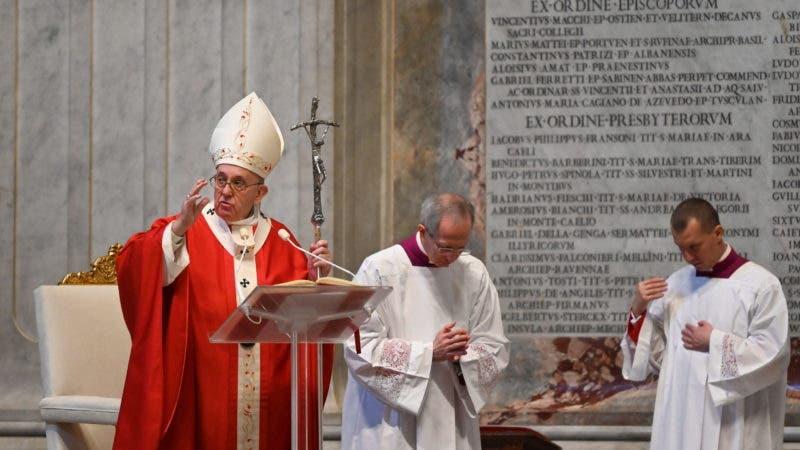 Pope Francis celebrates Palm Sunday Mass