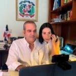 El candidato presidencial Luis Abinader participó en una entrevista por video conferencia.