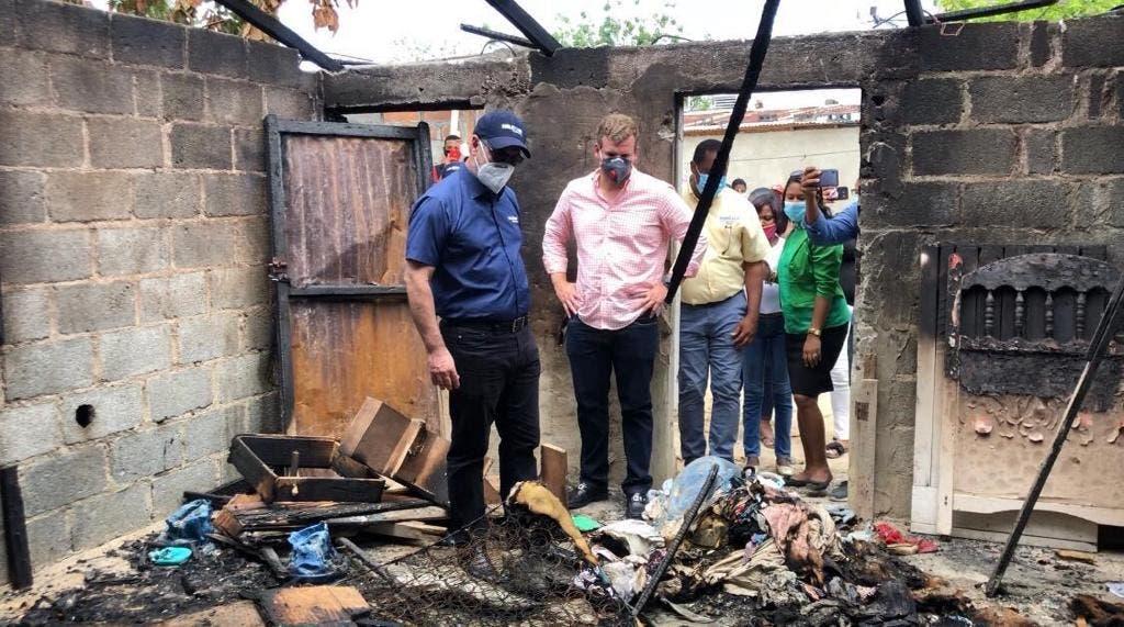 Gonzalo Castillo reconstruirá y amueblará viviendas en Los Girasoles y Cristo Rey