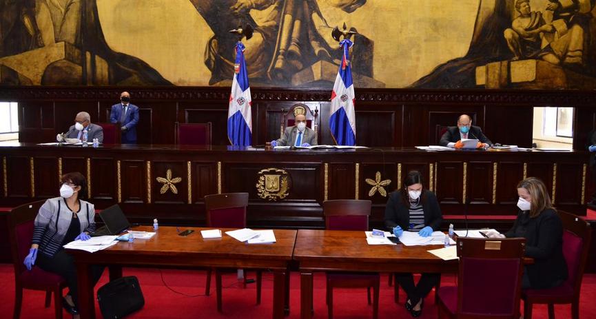 Senadores aprueban extensión por 25 días más de emergencia nacional por COVID-19