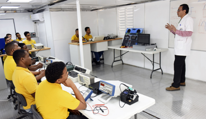 COVID-19: Empresarios proponen eliminar seguro accidentes de trabajo y aportes a INFOTEP