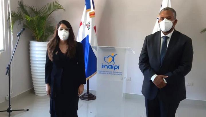 Ministerio de Educación posesiona a nueva directora de Inaipi