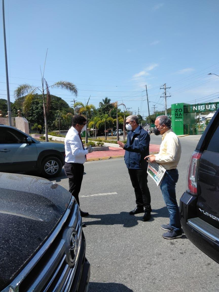 Coronavirus: Gonzalo Castillo visita comunidades y promete colaborar para combatir pandemia