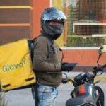 Glovo toma medidas de seguridad para seguir operando con poco riesgo. EFE.
