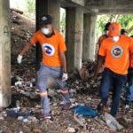 Conducen el cadáver de  hombre hallado debajo de puente en  La Romana
