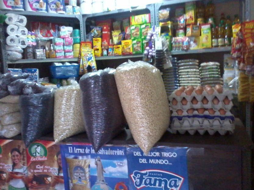 «Artículos de primera necesidad y productos de higiene podrían aumentar precios desde hoy»: Asociación Comerciantes