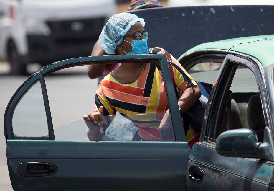 COVID-19: Ministro de Salud llama a no abordar carros públicos que lleven más de tres pasajeros