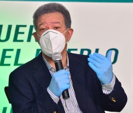 Leonel Fernández: El primero que no cree en la enceusta Penn/Stagwell es quien la auspicia