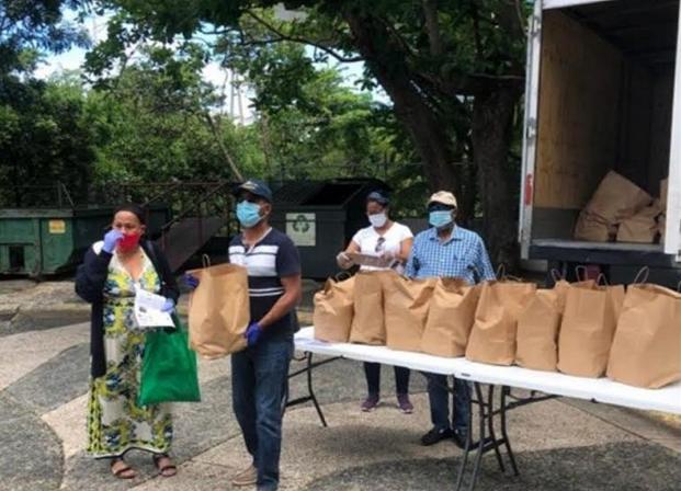 """Un """"amplio"""" sector de dominicanos en Puerto Rico no tiene acceso a programas de ayuda por COVID-19"""