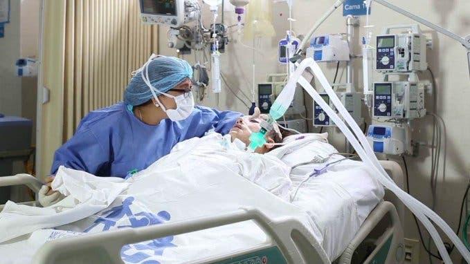 Enfermera: El trauma que genera trabajar con pacientes con coronavirus
