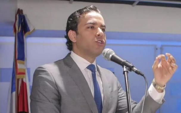 Dirigente del PRD Juan Santos destaca legado de Peña Gómez