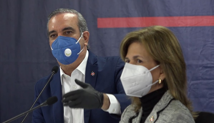 Luis Abinader: «calamitoso estado de salud del país no aguanta más»