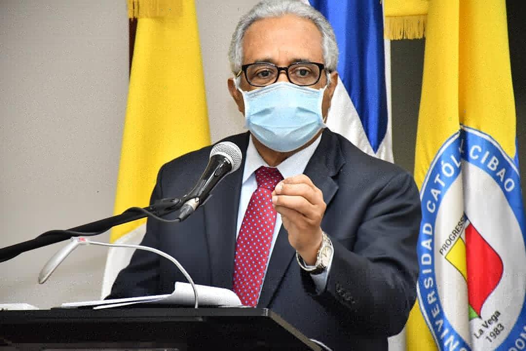 ¿Cómo regresar al trabajo después del COVID-19? Ministro de Salud Pública responde