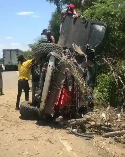 Pelotero Nelson Cruz desmiente que él haya sufrido accidente
