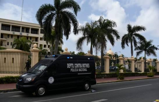 Manifestantes en Palacio Nacional explican por qué protestan en pleno coronavirus