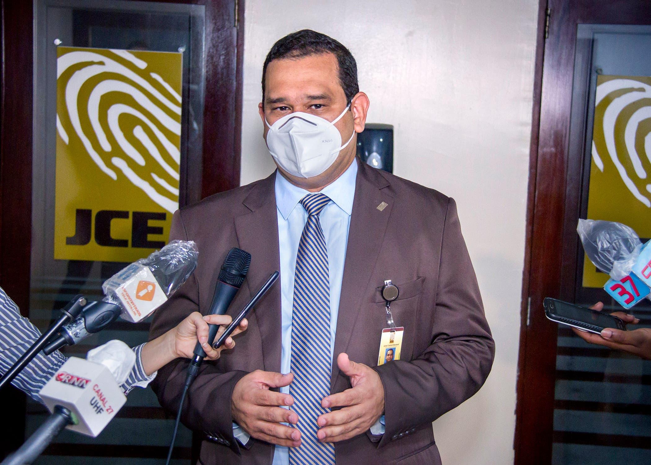 JCE desmiente haya dificultades para integrar colegios electorales de elecciones del 5 de julio