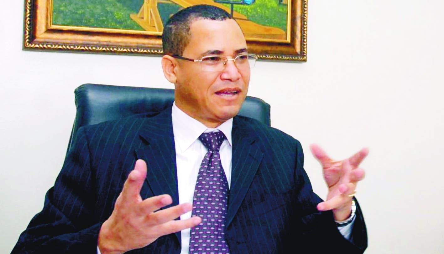 Eddy Olivares retorna al PRM tras licencia por aspiraciones a la JCE